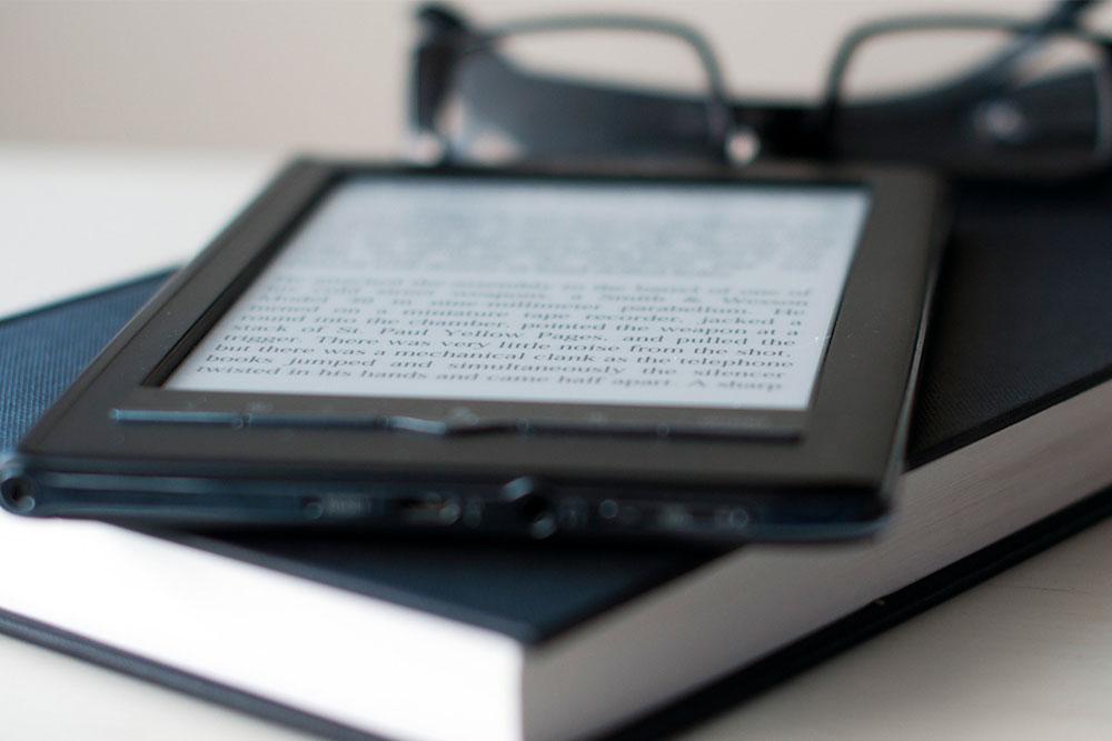 e-book e livro impresso